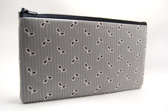 gray and white patterned floral leaf pattern zipper pouch